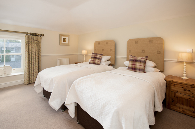 Twin Bedroom in Swinney Cottage